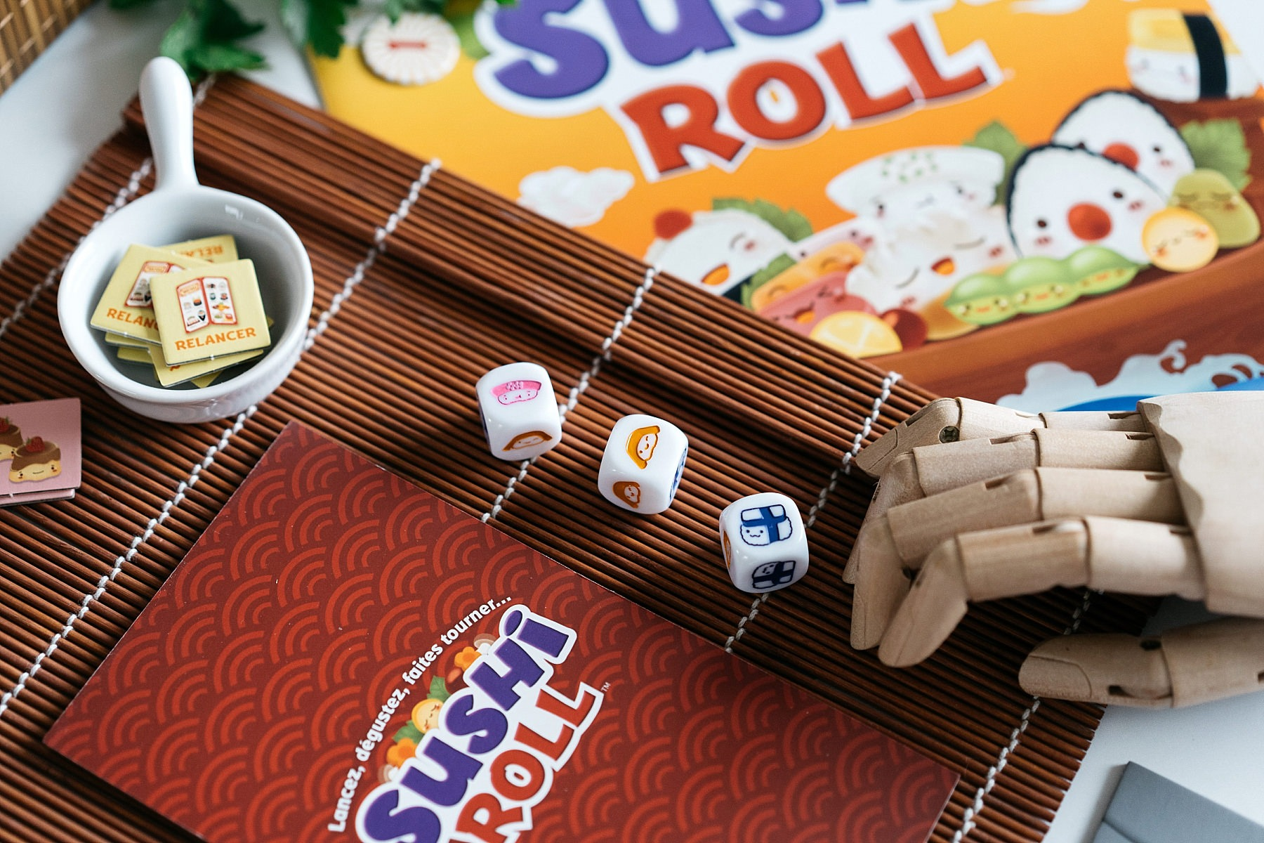 Sushi roll cocktail games