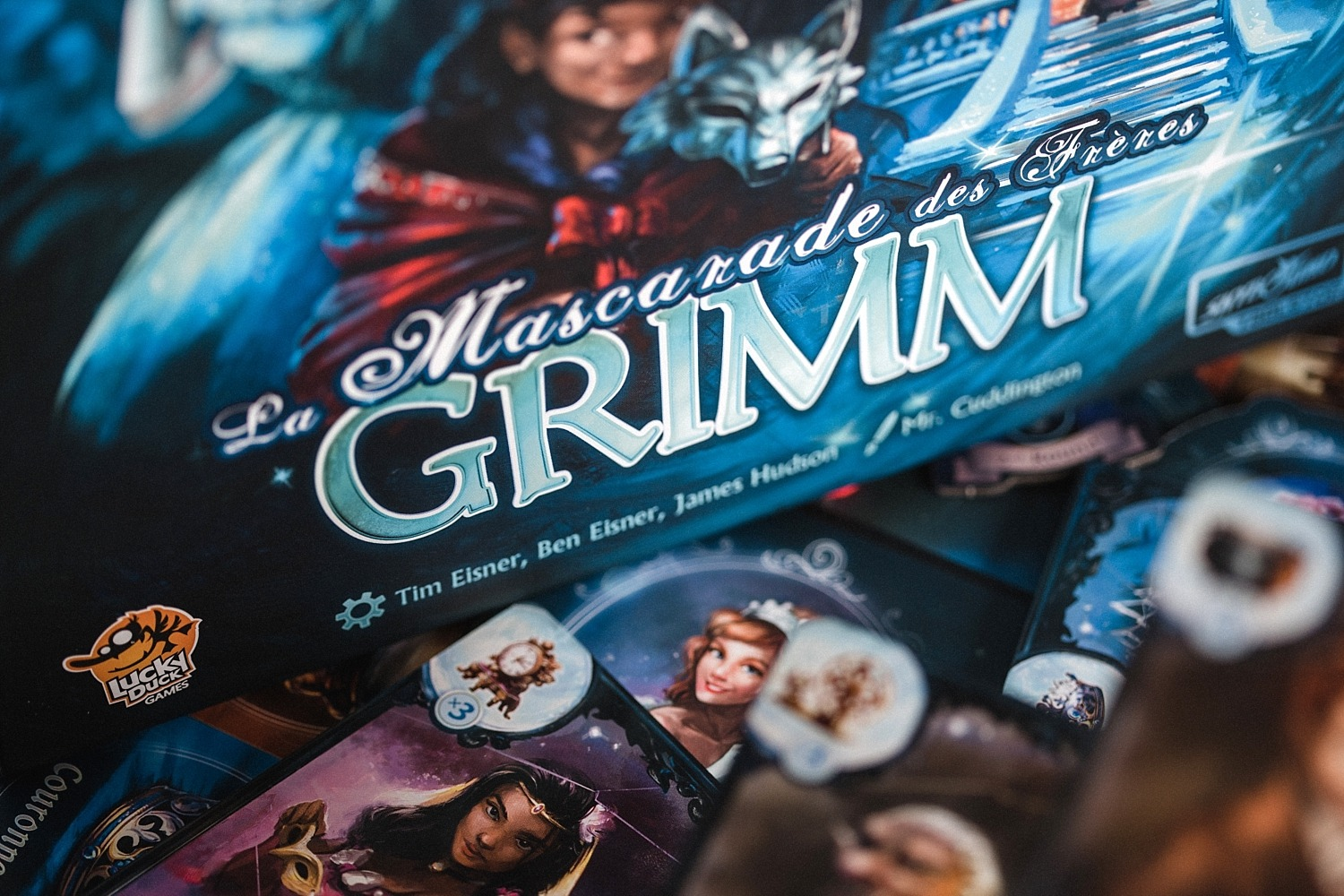 Lucky Duck Games Mascarade des frères Grimm