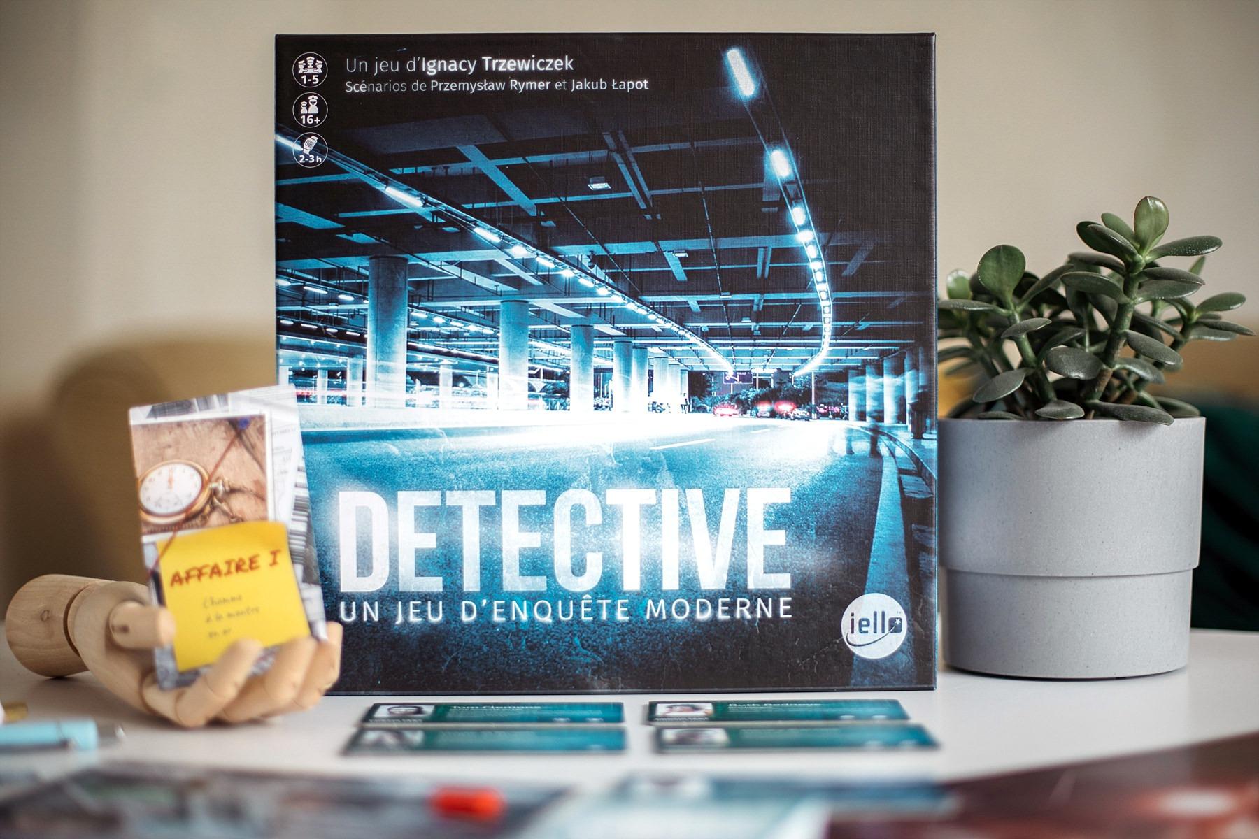 Detective iello